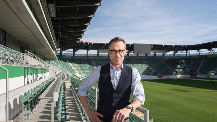 Matthias Hüppi, ehemaliger Sportjournalist bei SRF, ist neuer Präsident vom FC St. Gallen.