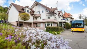 Die Gemeindeverwaltung von Schmiedrued soll ins ehemalige Raiffeisen-Gebäude in Walde ziehen. Sandra Ardizzone/Archiv