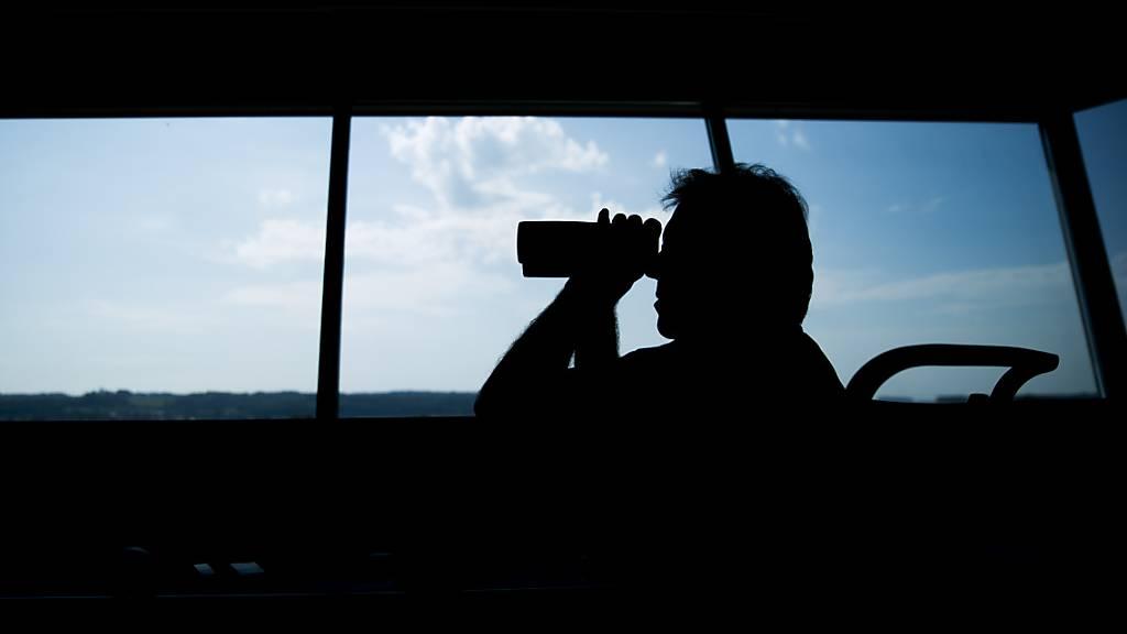 Fluglotse nach Beinahe-Kollision freigesprochen