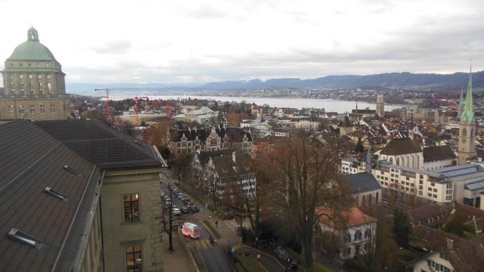 Die Kantonsrätinnen und Kantonsräte reichten für die diesjährige Budgetdebatte 50 Budgetanträge ein. (Archivbild)