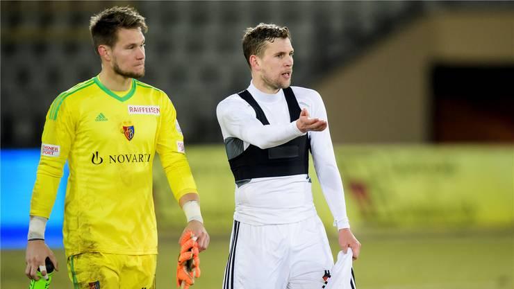Entäuschte Gesichter beim FC Basel nach dem 1:1 in Lausanne. Keystone