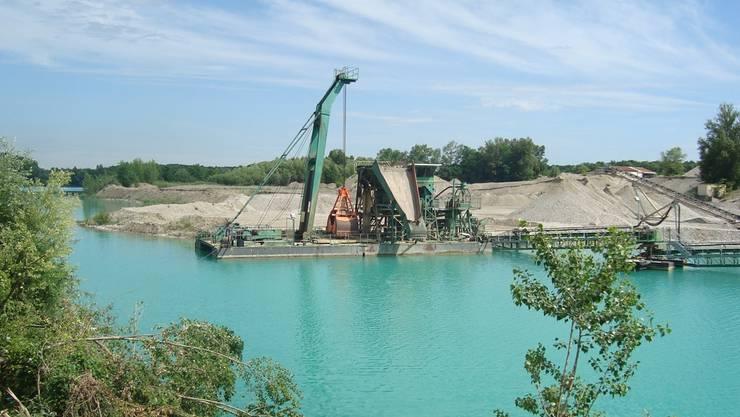 50 Kiesgruben gibt es um Basel; hier diejenige bei Blotzheim. Sie sollen Naherholungsgebiete werden. zvg