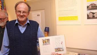 Der pensionierte Sekundarlehrer René Fuchs hat diverse Archive durchforstet und eine Ausstellung mit zahlreichen Schulgeschichten zusammengestellt.