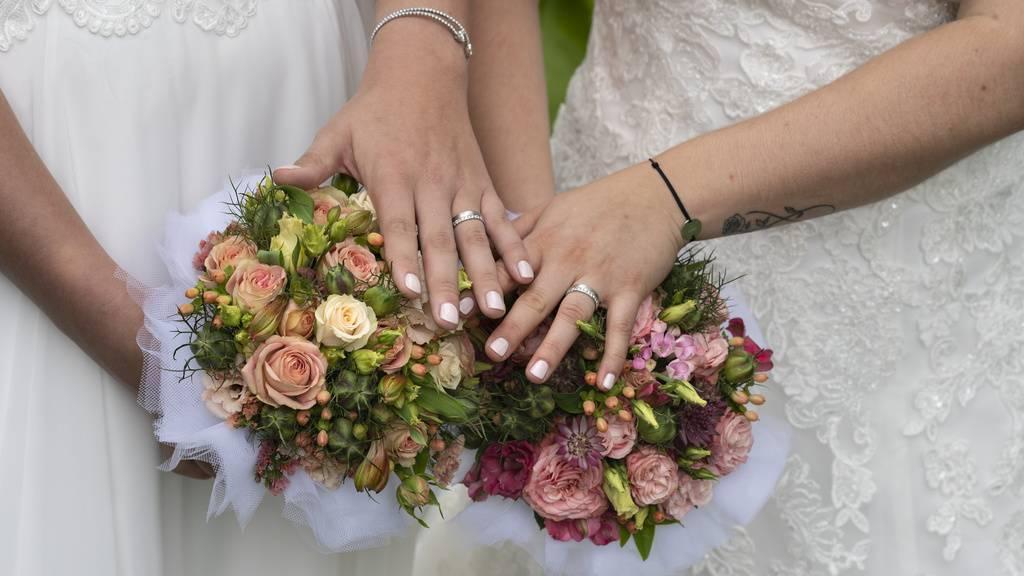 Ehe für alle: Erst wenige Anfragen im FM1-Land