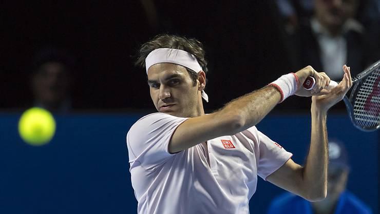 Roger Federer musste in seinem Auftaktspiel der Swiss Indoors in Basel gegen Filip Krajinovic über drei Sätze gehen