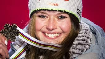 Nach dem Gewinn der Bronzemedaille im Super-G gehört Corinne Suter auch in der Abfahrt der Frauen zu den Favoritinnen.