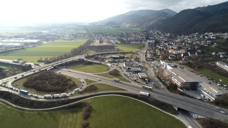 Der Landdruck im Gäu ist gross. Im Bild das Autobahnkreuz in Egerkingen.