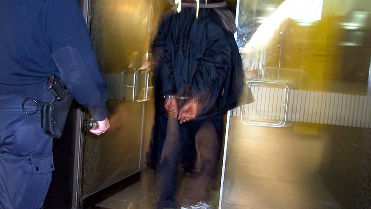 Im Fokus: 2008 betrafen 70 bis 80 Dossiers der Ombudsstelle die Arbeit der Polizei.