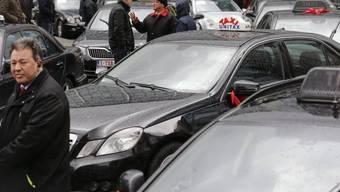 Taxifahrer legen in Brüssel den Verkehr lahm