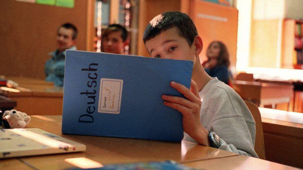 Flüchtlingskinder haben in der Schweiz unabhängig von ihrem Aufenthaltsstatus das Recht und die Pflicht, die Volksschule zu besuchen. (Archivbild)