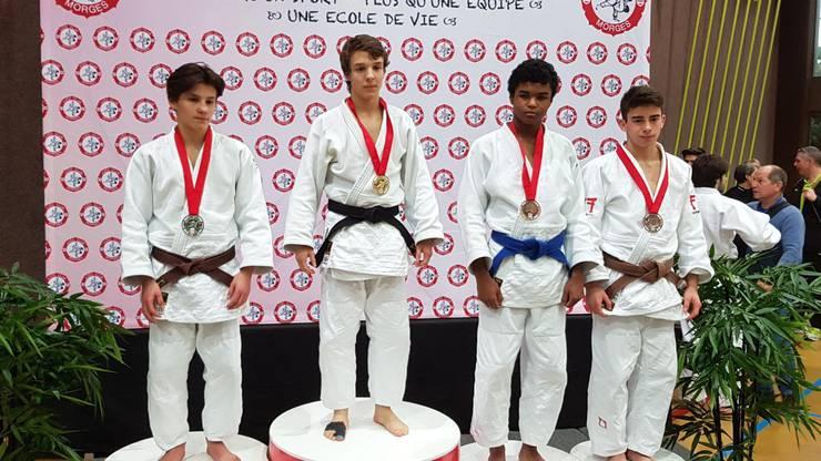 Julian Bersnak, Sieger Kategorie U21 -55kg