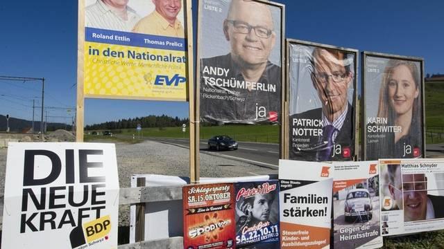 """""""Freie und aktive Kampagnen"""": Wahlplakate in der Innerschweiz (Archiv)"""