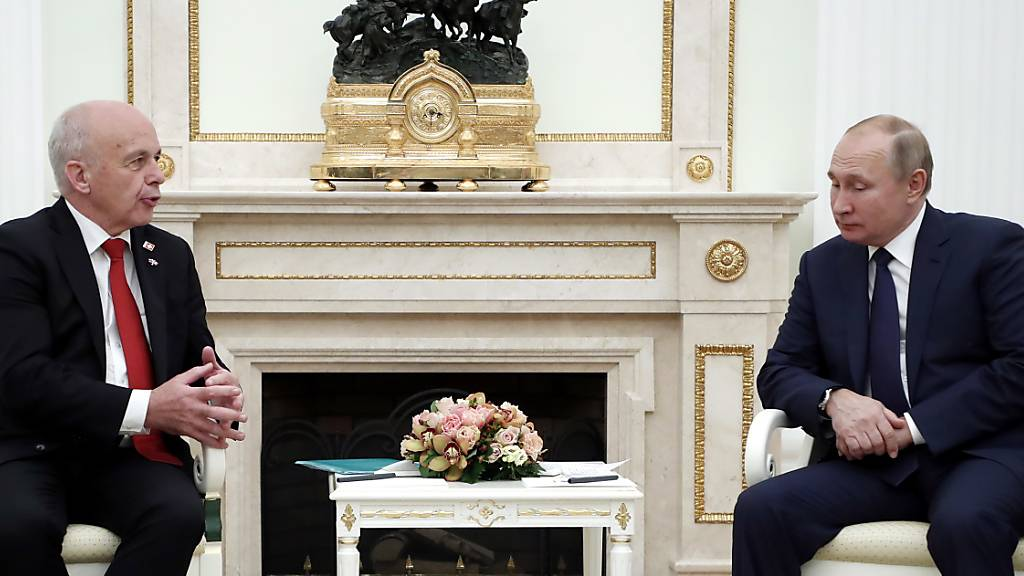 Maurer vereinbart mit Putin engere Zusammenarbeit