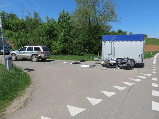 Der Motorradfahrer erlag im Spital seinen schweren Verletzungen.