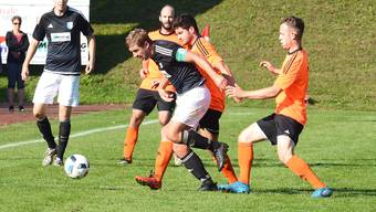 Welschenrohrs Captain Manuel Müller im Derby gegen den FC Mümliswil.