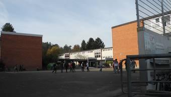 Schulhaus Wolfsmatt: Dass eine Mutter eine Lehrerin handgreiflich attackierte, ist laut Stadtrat Jean-Pierre Balbiani in Dietikon noch nie vorgekommen.