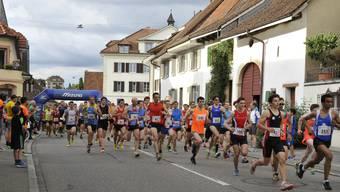 219 Frauen und 543 Männer waren am Mittwochabend am diesjährigen Gempen-Berglauf am Start.