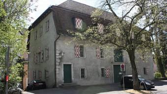 Beim geschützten «Chüngelimagazin» wird unter anderem das Dach isoliert. (Foto: Wolfgang Wagmann)