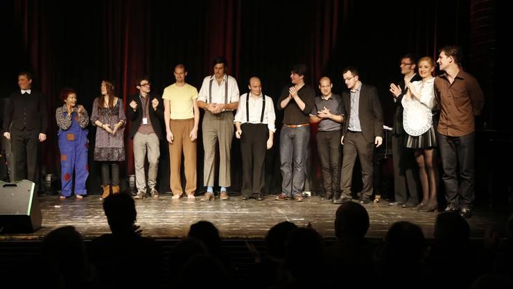 Die Künstler des Solothurner Kleinkunsttages 2013 auf der Bühne der Kulturfabrik Kofmehl.