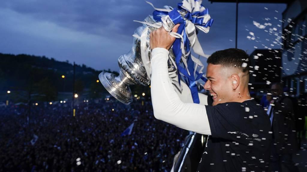 Filip Ugrinic verlängert beim FC Luzern