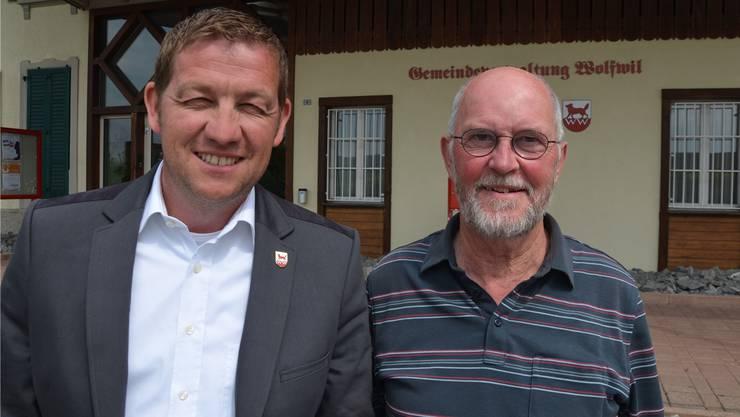 Fühlen sich in ihrem Vorgehen bestätigt: Gemeindepräsident Georg Lindemann (links) mit seinem Vorgänger Christian Kühni.