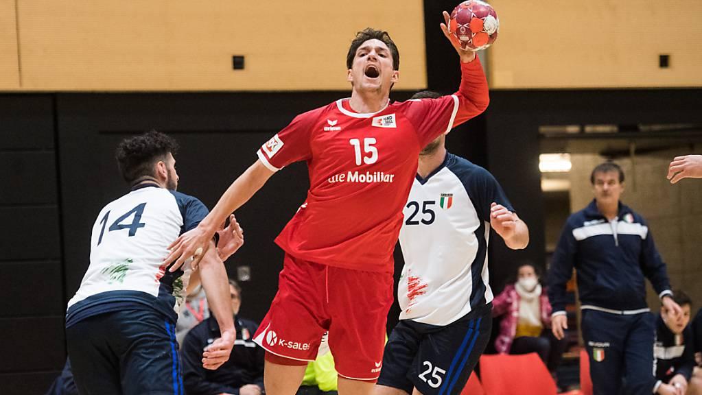 Nicolas Raemy zeigte im ersten von zwei Länderspielen gegen Italien eine starke Leistung.
