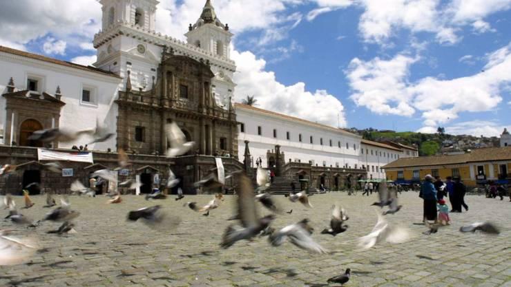 Der Andenstaat Ecuador will aufgrund seiner Geldnot aus dem Opec-Kartell austreten und mehr, statt weniger Erdöl fördern. (Symbolbild Quito)