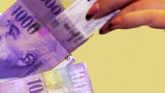 Der Einzelrichter bestätigte den Strafbefehl der Staatsanwaltschaft und verurteilte sie wegen geringfügigen Diebstahls zu einer Busse von 200 Franken, dazu kommen Verfahrenskosten von rund 2000 Franken.