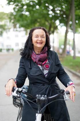 Irena Brežná: Die 1950 geborene Autorin floh 1968 mit ihrer Familie aus der Tschechoslowakei, wurde für ihre Kriegsreportagen ausgezeichnet. Lesetipp: Ihr Roman «Die undankbare Fremde».