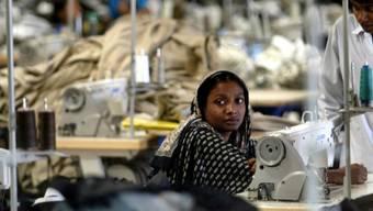 Die gesetzlichen Mindestlöhne in der Textilindustrie liegen oft unter der Armutsgrenze.