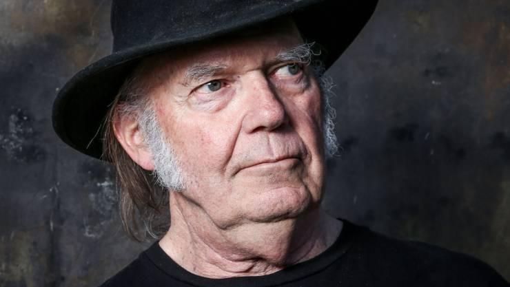 Neil Young wird bei der Aufnahmezeremonie im April die Grunge-Band Pearl Jam in die Rock and Roll Hall of Fame einführen. (Archivbild)