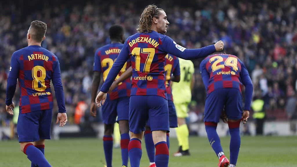 Barcelona siegt und schliesst zu Real Madrid auf