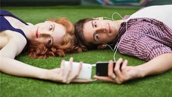 Eine Illusion, dass Frau und Mann Freunde sein können, ohne dass Sex dazwischenkommt? Forscher kennen die Antwort.KEYSTONE/IMAGE SOURCE