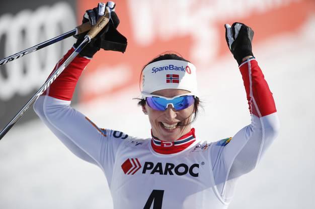 Sie war ebenfalls Schwanger und gewann gleich das zweite Rennen nach dem Mutterschaftsurlaub: Langläuferin Marit Björgen (37)
