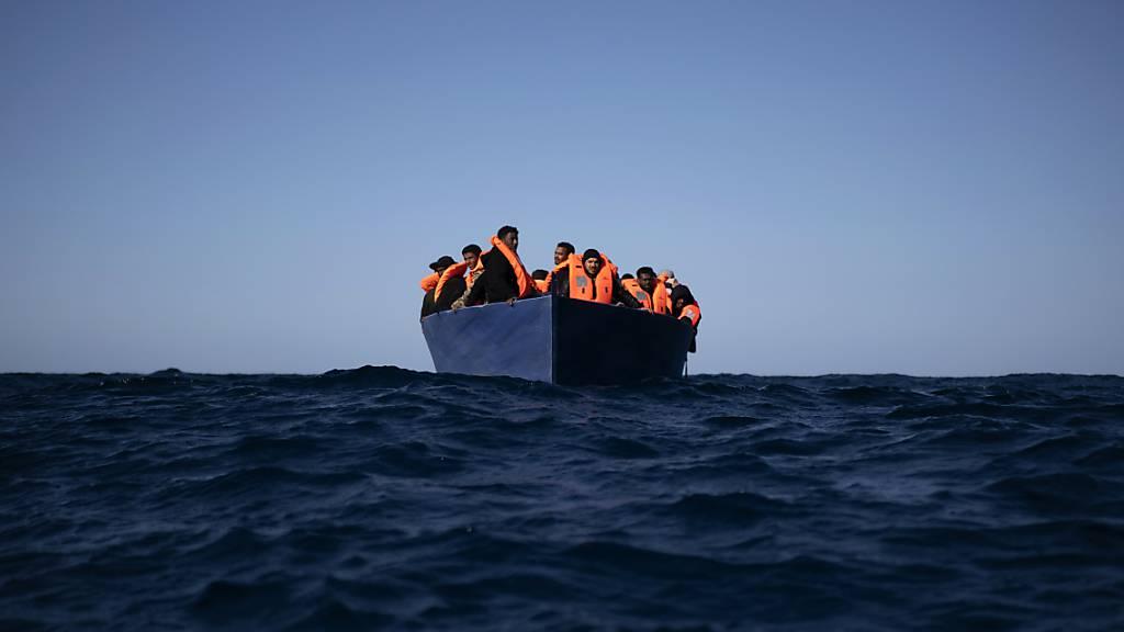 «Open Arms» sucht für 265 Bootsmigranten einen Hafen