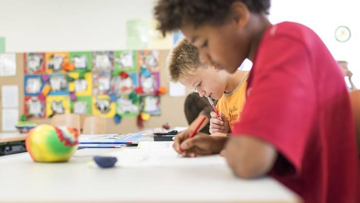 An dem Schulversuch «Starke Leistungen» sind in der dritten Staffel insgesamt zwölf Schulen beteiligt. (Symbolbild)