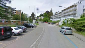 Konrad-Ilg-Strasse in Zürich Höngg: Strasse soll zu Wohnraum werden.