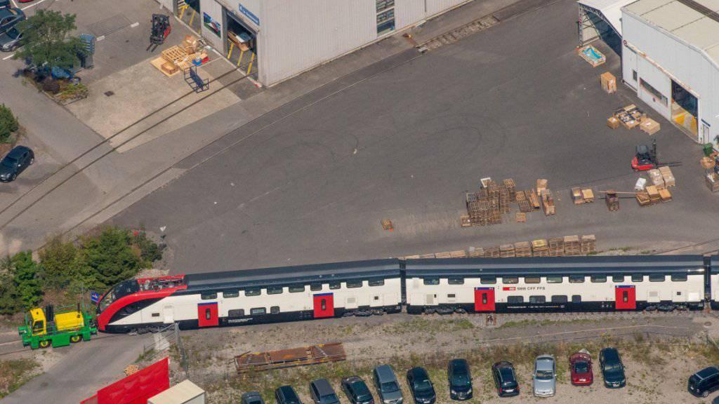 Der Bombardier-Produktionsstandort Villeneuve aus der Vogelperspektive. Ob auch hier Stellen gestrichen werden, ist noch unklar. (Archiv)