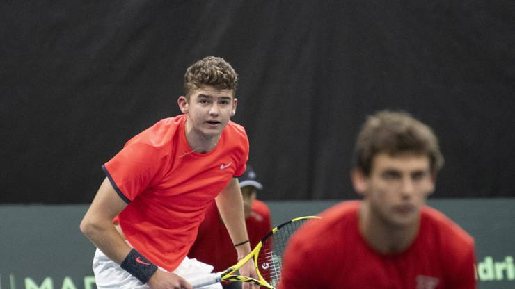 Jérôme Kym löste im nationalen Ranking Heinz Günthardt ab: Mit fast sechzehn Jahren ist er mittlerweile der jüngste Schweizer Davis-Cup-Spieler.