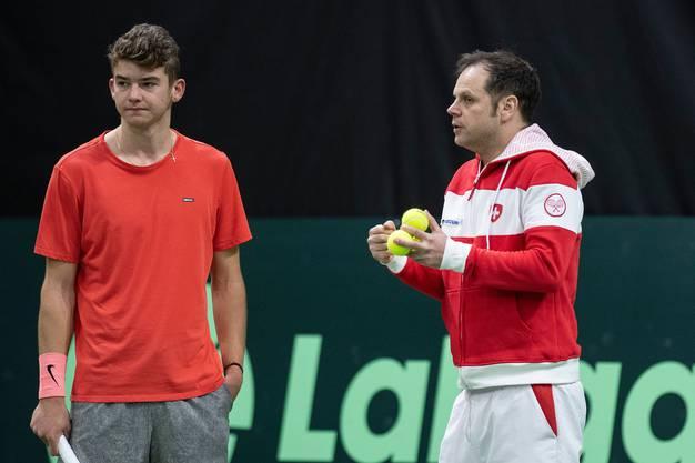 Jérôme Kym kann auf die Expertise von Federer-Trainer Severin Lüthi bauen.