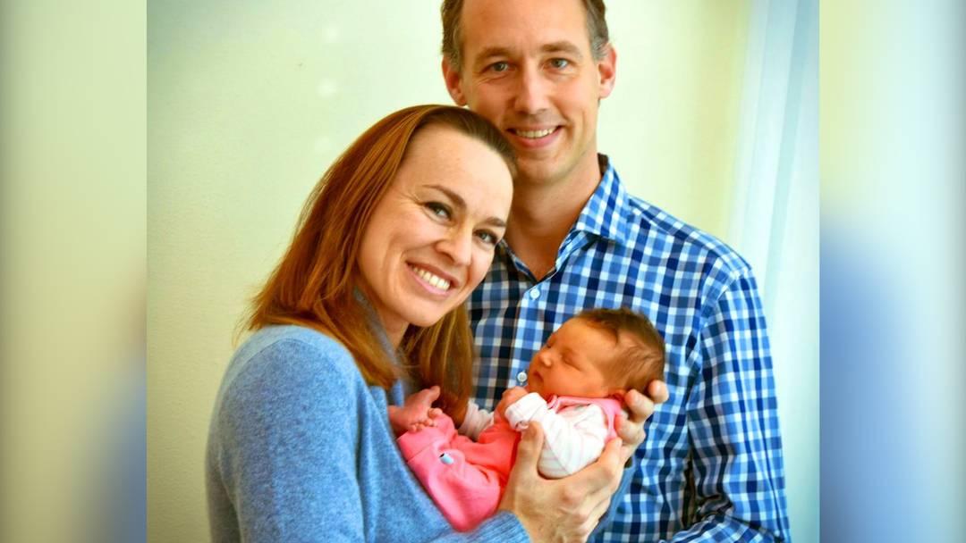 Martina Hingis zeigt Tochter Lia!