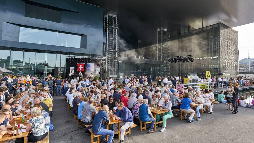 Die Bundesfeier auf dem Europaplatz Luzern