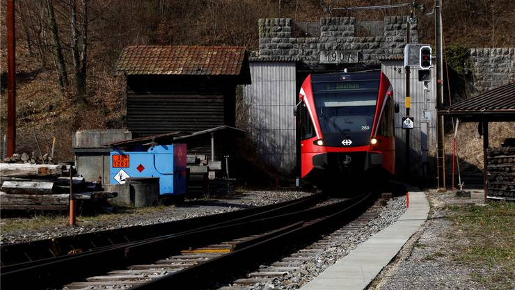 Von Juni 2021 bis Dezember 2022 wird wegen der Sanierungsarbeiten kein Zug durch den Weissensteintunnel fahren können. Hanspeter Bärtschi