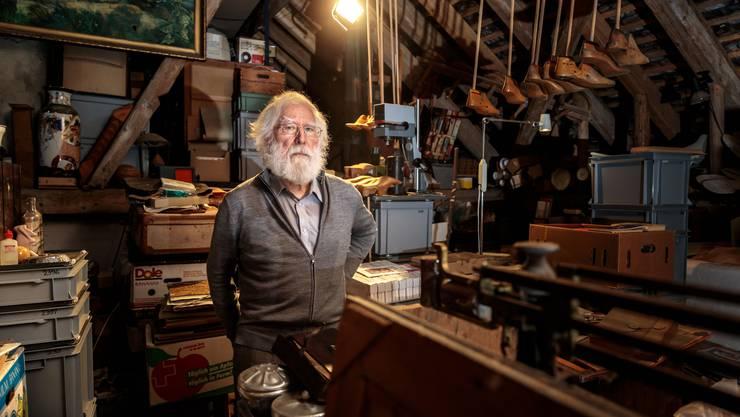 Fritz Breiter in seinem Atelier.
