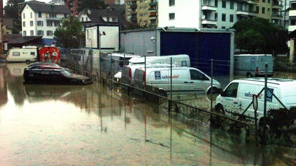Die Kleine Emme und die Reuss haben beim Jahrhunderthochwasser 2005 in Emmen grosse Schäden verursacht. Beide Flüsse werden deswegen ausgebaut. (Archivaufnahme)