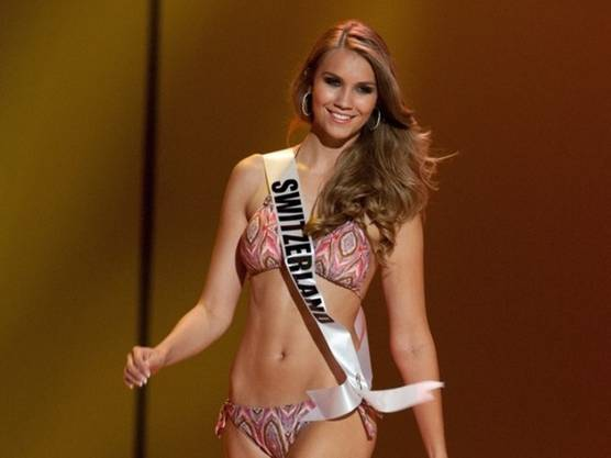 Kerstin Bei den Miss Universe Wahlen