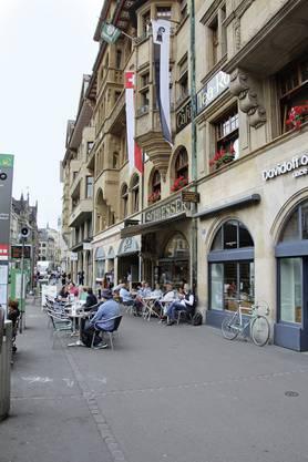 Schiesser's Strassencafé am Marktplatz.  Bild: Niko Makris