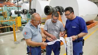 Bald Opfer der Rendite trotz höchster Effizienz? Die Mitarbeiter der «Papieri» bangen um «ihre» Fabrik und ihren Arbeitsplatz. (Archiv)
