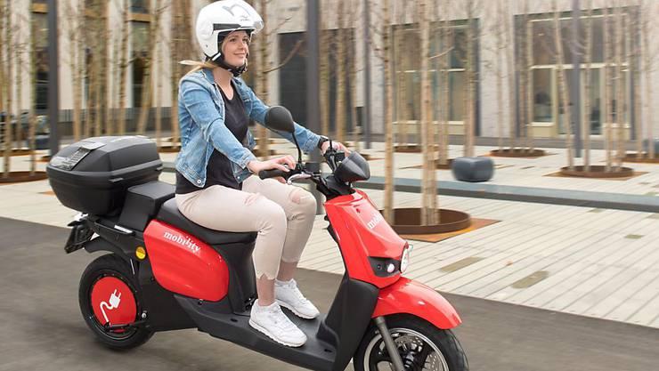 Erweiterung des Angebots: Mobility-Kunden können ab April in der Stadt Zürich auch Elektro-Roller mieten. (Archiv)
