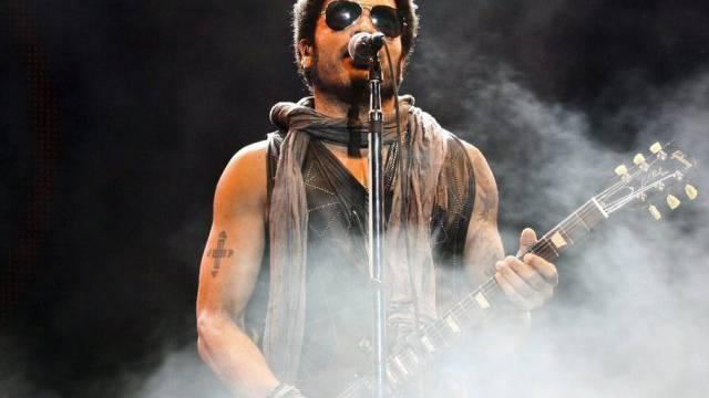 Fit und fünfzig: Lenny Kravitz auf der Bühne (Archiv)